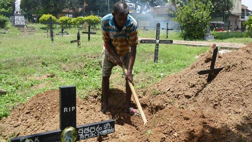 For Sri Lanka grave digger, a grim parade