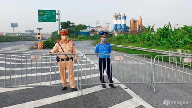 越南病例激增 首都河内封锁15天