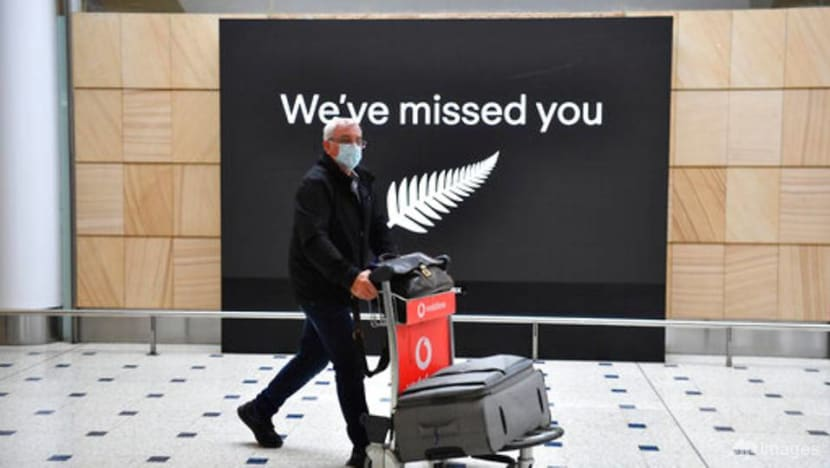 Australia inquiry says police should guard hotel quarantine