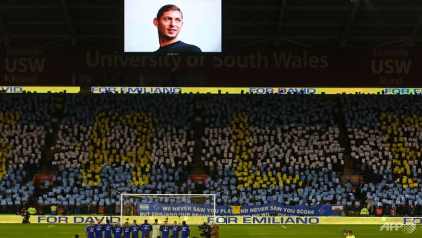 'It's a bad dream,' Sala's father says after plane recovered
