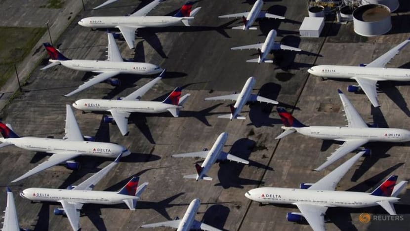 Delta to block middle seats through Jan 6 but allow more people on flights