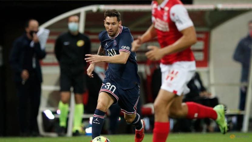 Football:Messi comes on as second-half sub to make PSG debut in Ligue 1