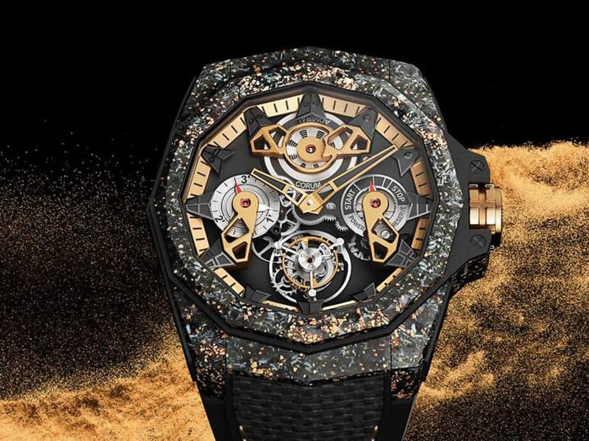 What happens when you sprinkle gold dust on a carbon watch?