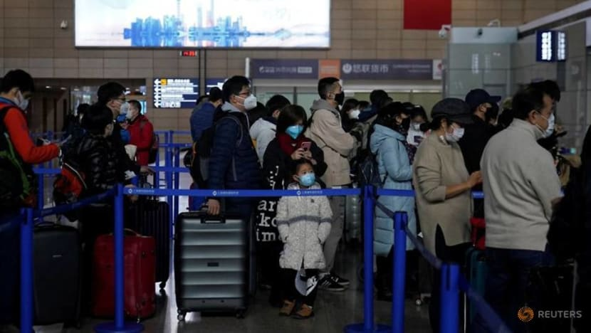 China's airlines told not to axe global flights as thousands cut