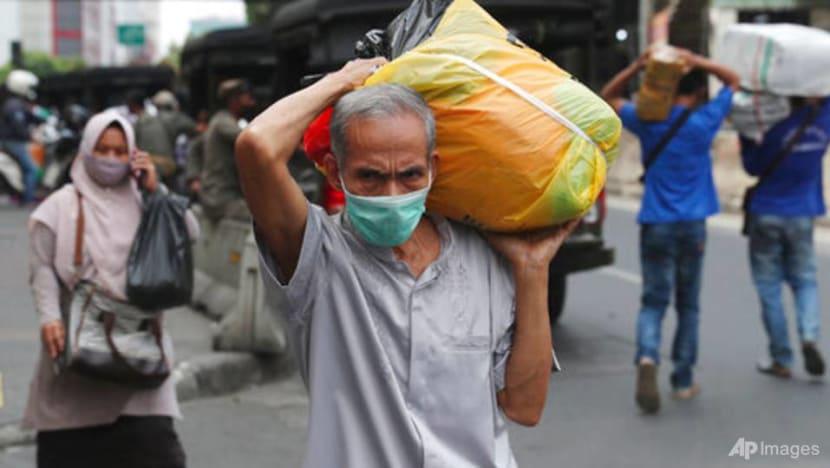 Indonesia economy shrinks for fourth straight quarter