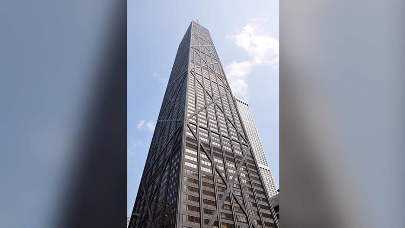 Lift with 6 people plunges 84 floors in Chicago skyscraper: Reports
