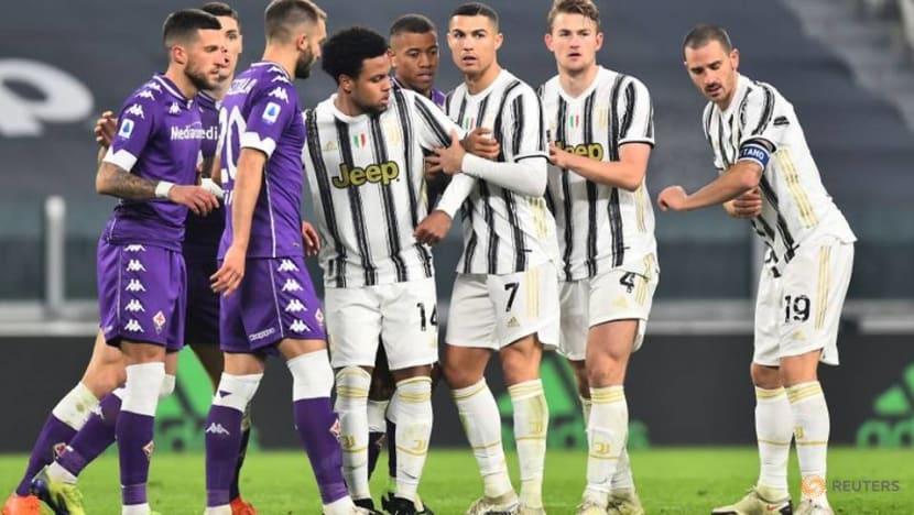Soccer-Bonucci apologises for woeful display in Juventus defeat