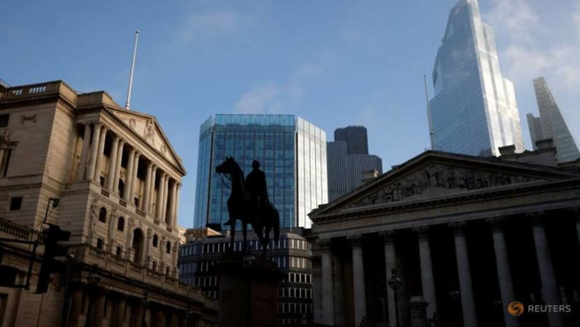 'Britcoin' not bitcoin? UK considers new digital currency