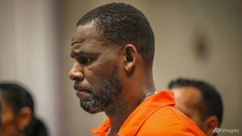 Prosecutors air more claims in R Kelly case; 1 involves boy
