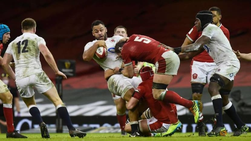 Rugby-England reject Simmonds gets Lions call-up but no room for Sexton
