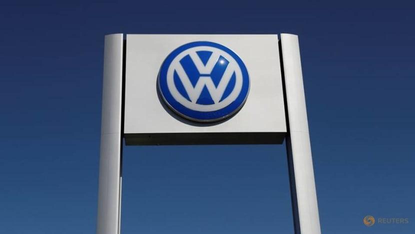 Volkswagen seeks partnerships for battery materials 'race'