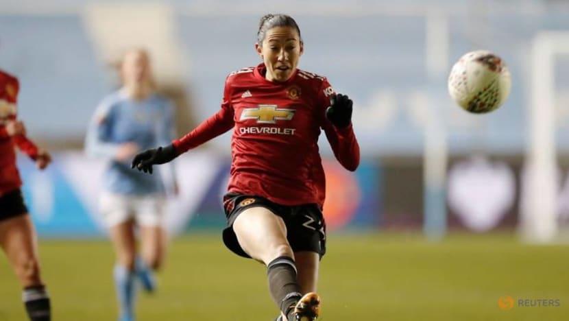 Football: US women's internationals Press, Heath leave Man Utd