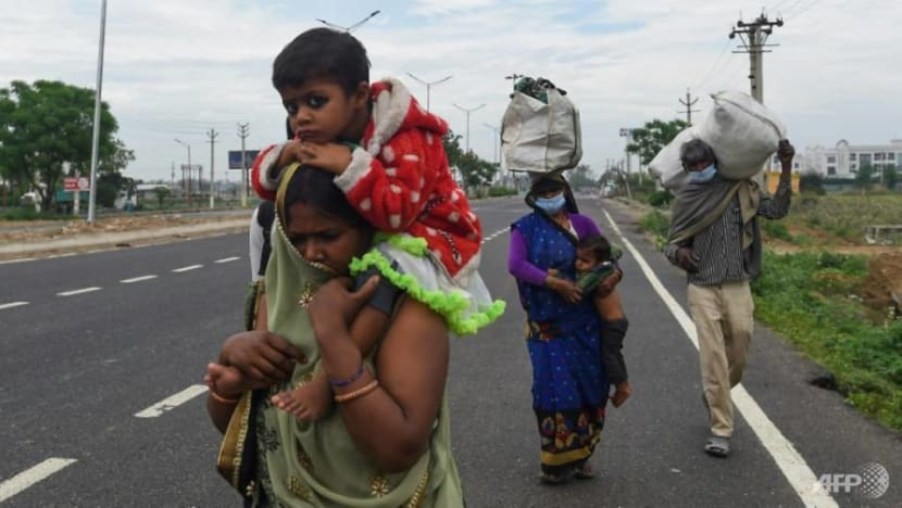 Commentary: India grapples with COVID-19 migrant worker chaos