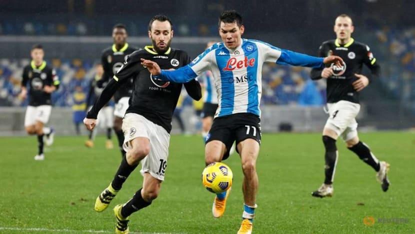 Soccer-Ten-man Spezia stun Napoli with comeback victory