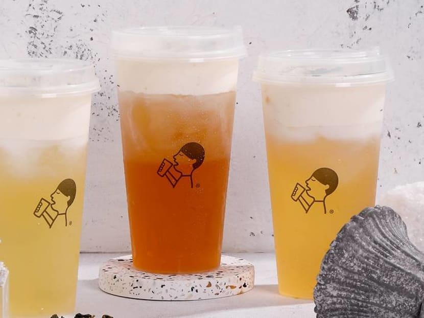 How are HeyTea's crazy popular cheese teas made? Check out this video