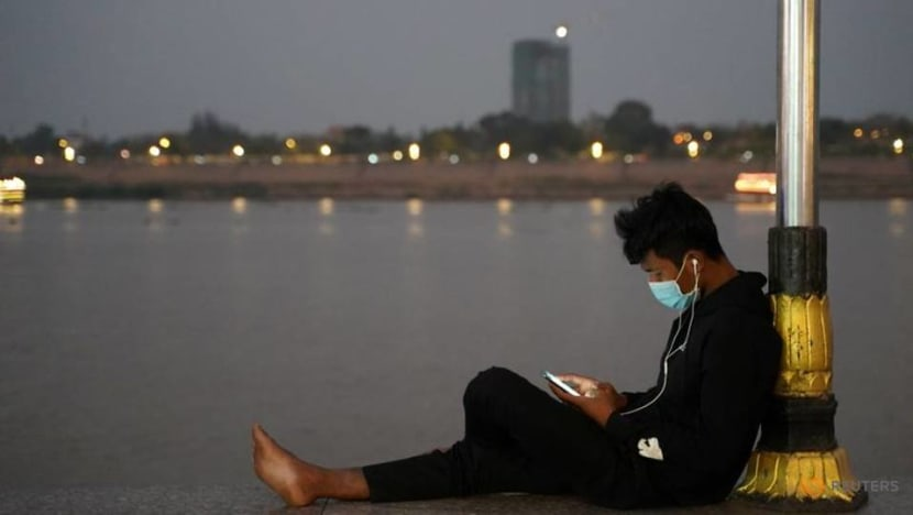 Cambodia denies new law sets up China-style internet controls