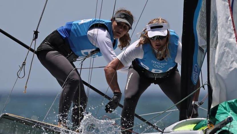 Olympics-Sailing-Britons bag two sailing golds, Brazil win women's 49er FX