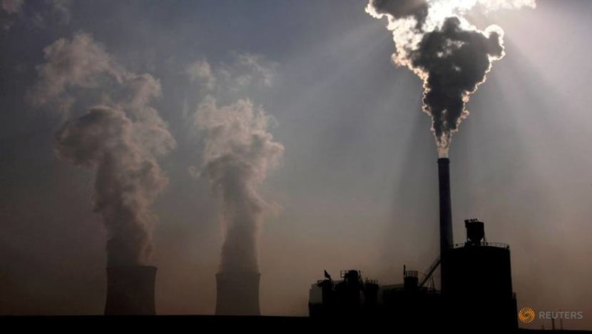 China considers price controls on surging coal market: Report