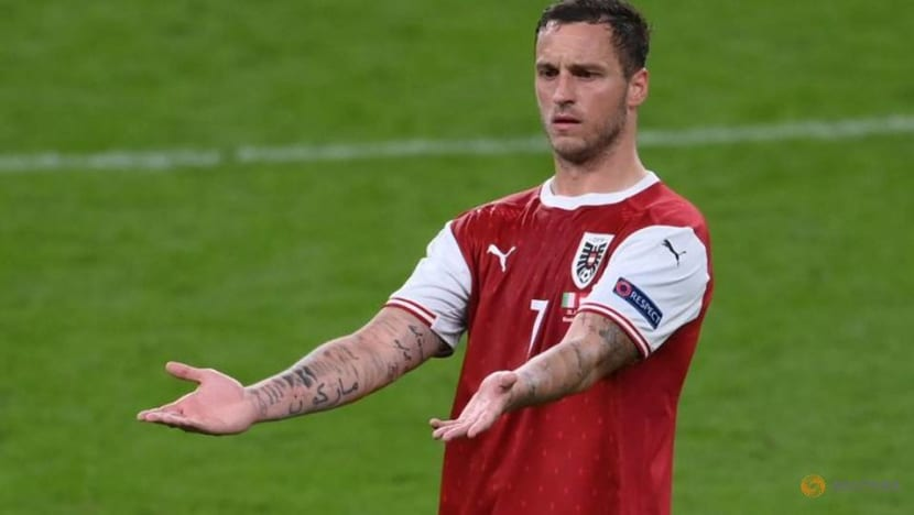 Soccer-Arnautovic leaves Shanghai as Bologna unveil Austrian striker
