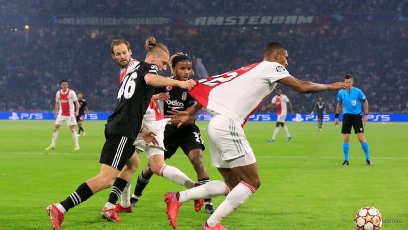 Football: Berghuis helps Ajax to Champions League win over Besiktas