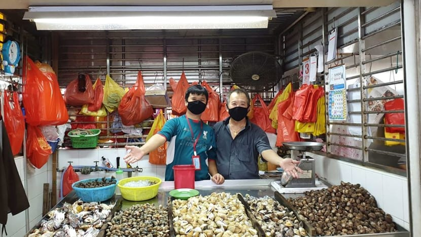 COVID-19 drives more wet market stalls online, but will they be here to stay?