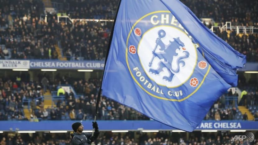 Football: FIFA bans Chelsea from signing players for two transfer windows