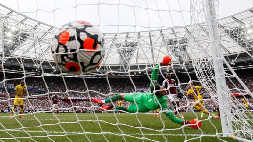 Football: Pacesetters West Ham held to 2-2 home draw by Palace